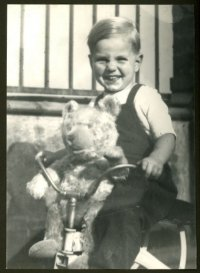 Baby Mark with 'Fritz'